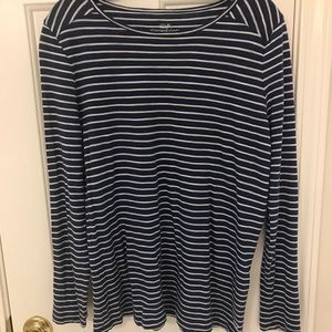 Vineyard Vines long sleeve striped tee size s